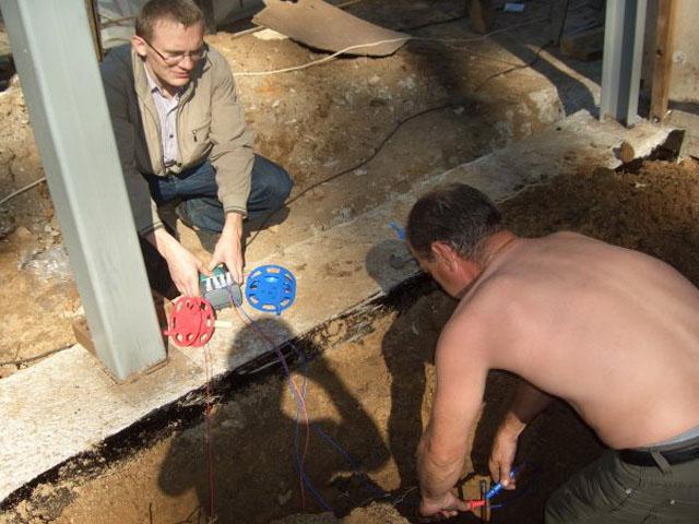 Монтаж электропроводки в бане своими руками: основные правила