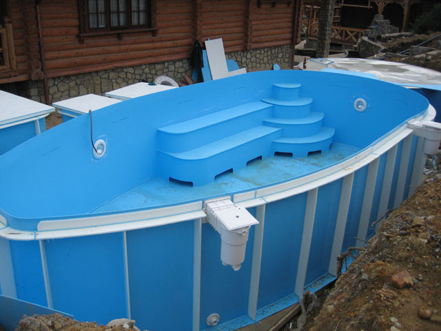 Пластиковые бассейны для бани и дачи