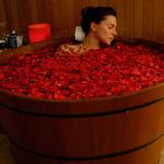 купель с розами