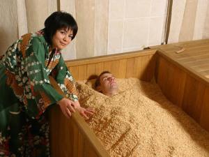 Японские бани фурако офуро и сэнто разное наполнение с одним содержанием