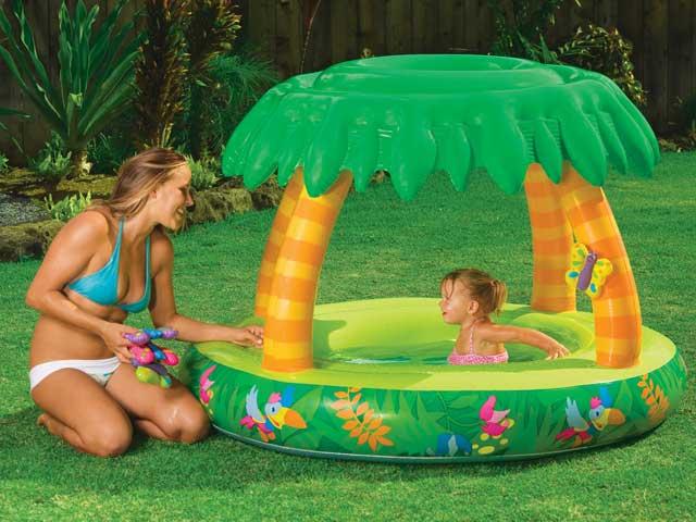 Какой бассейн лучше каркасный или надувной?