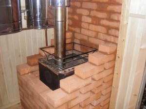 Как правильно обложить чугунную печь в бане