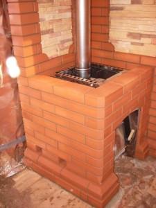 Обкладка железной печи в бане кирпичом
