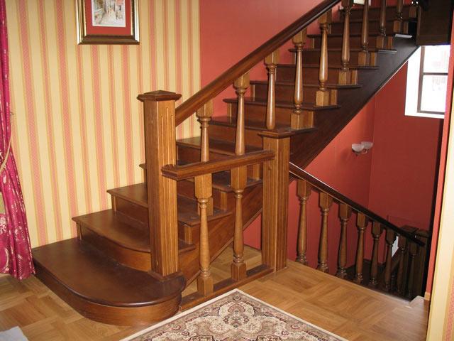 Деревянная лестница - классика