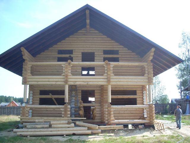Как заказать строительство дома из оцилиндрованного бревна